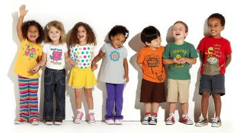 Nati per ridere! Yoga della Risata per bimbi