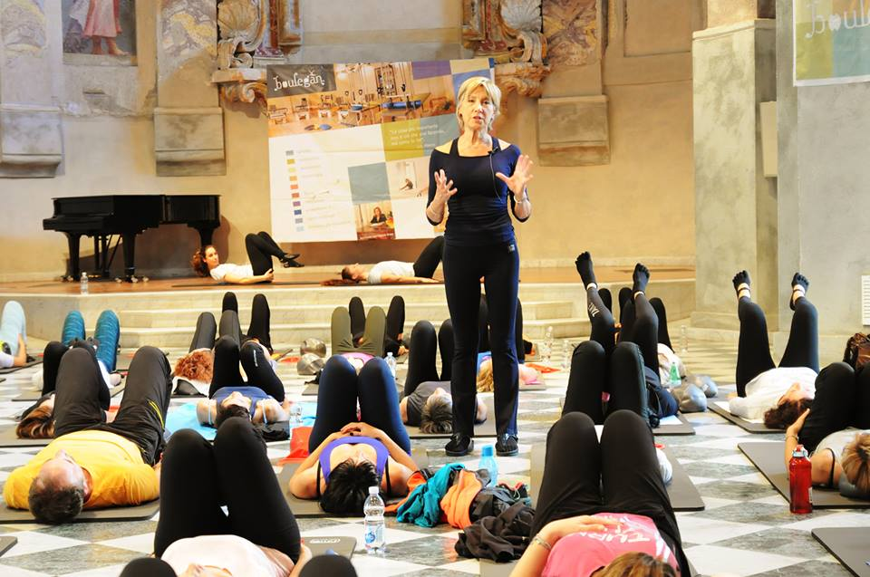 Anna Maria Cova, guru del Pilates a livello mondiale, nella sala di Sala San Giovanni